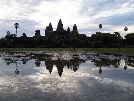 Resa till Vietnam och Kambodja.